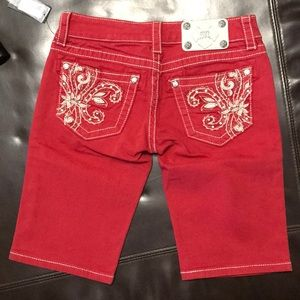 Miss me red Bermuda size 26